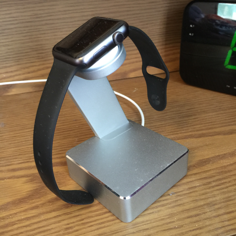 Aviato AirZERO Aluminium Ständer für die Apple Watch