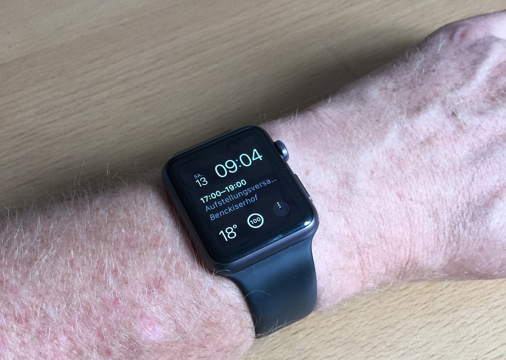 Apple Watch Sport eingeschaltet